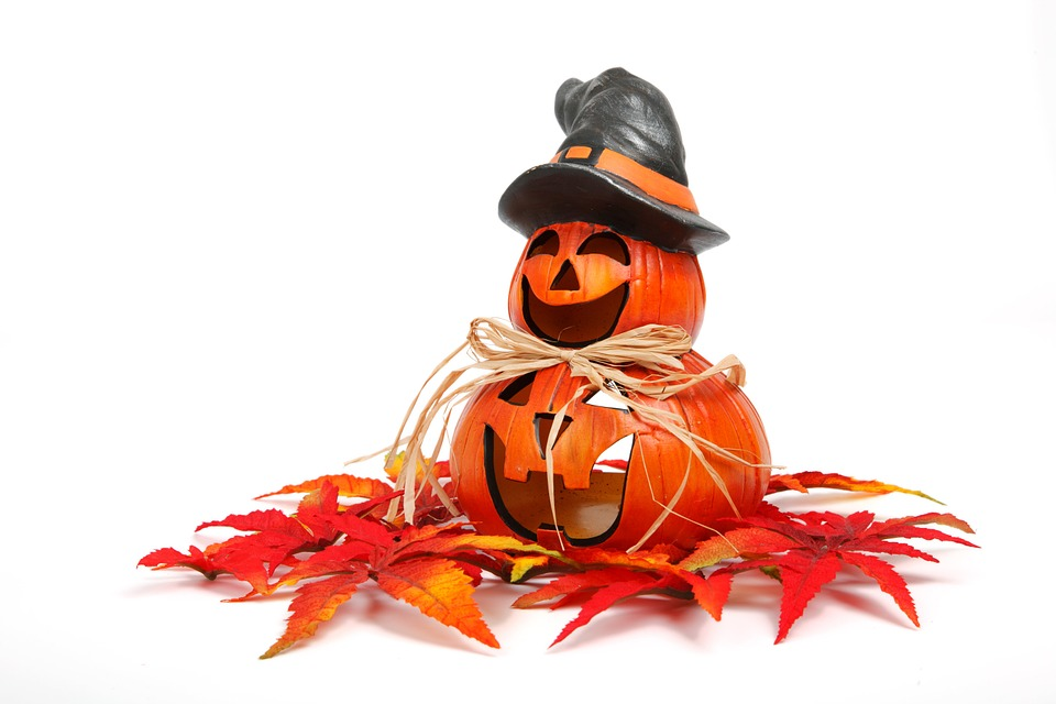 Trick or Treat..? Your Guide to a Safe Halloween